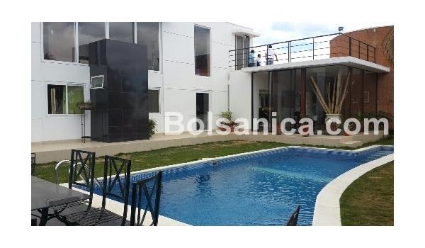 alquiler casa de lujo, villa fontana sur, managua | casanica
