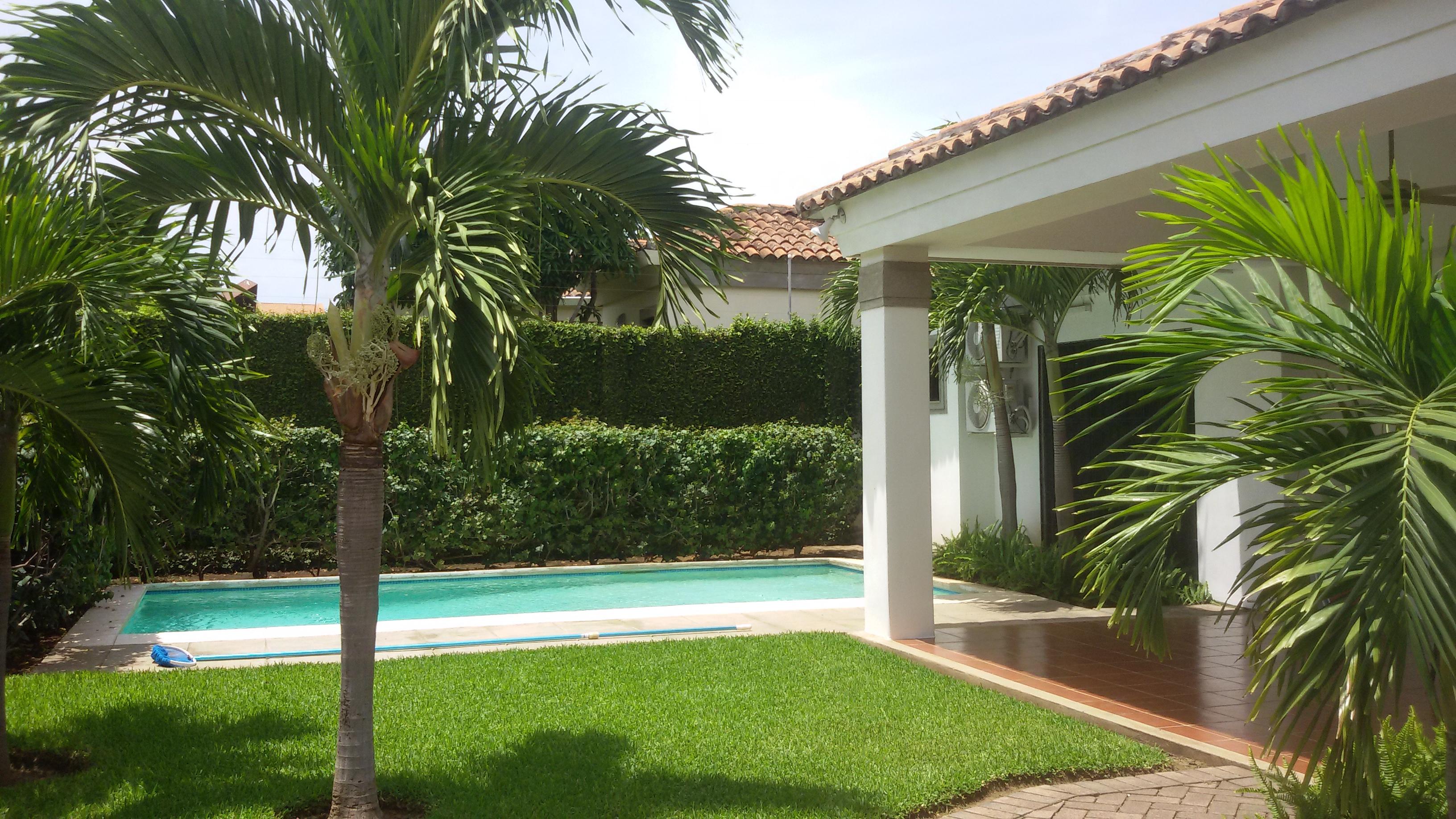 Casa con piscina en sevilla free la piscina with casa con for Alquiler de casas con piscina en sevilla