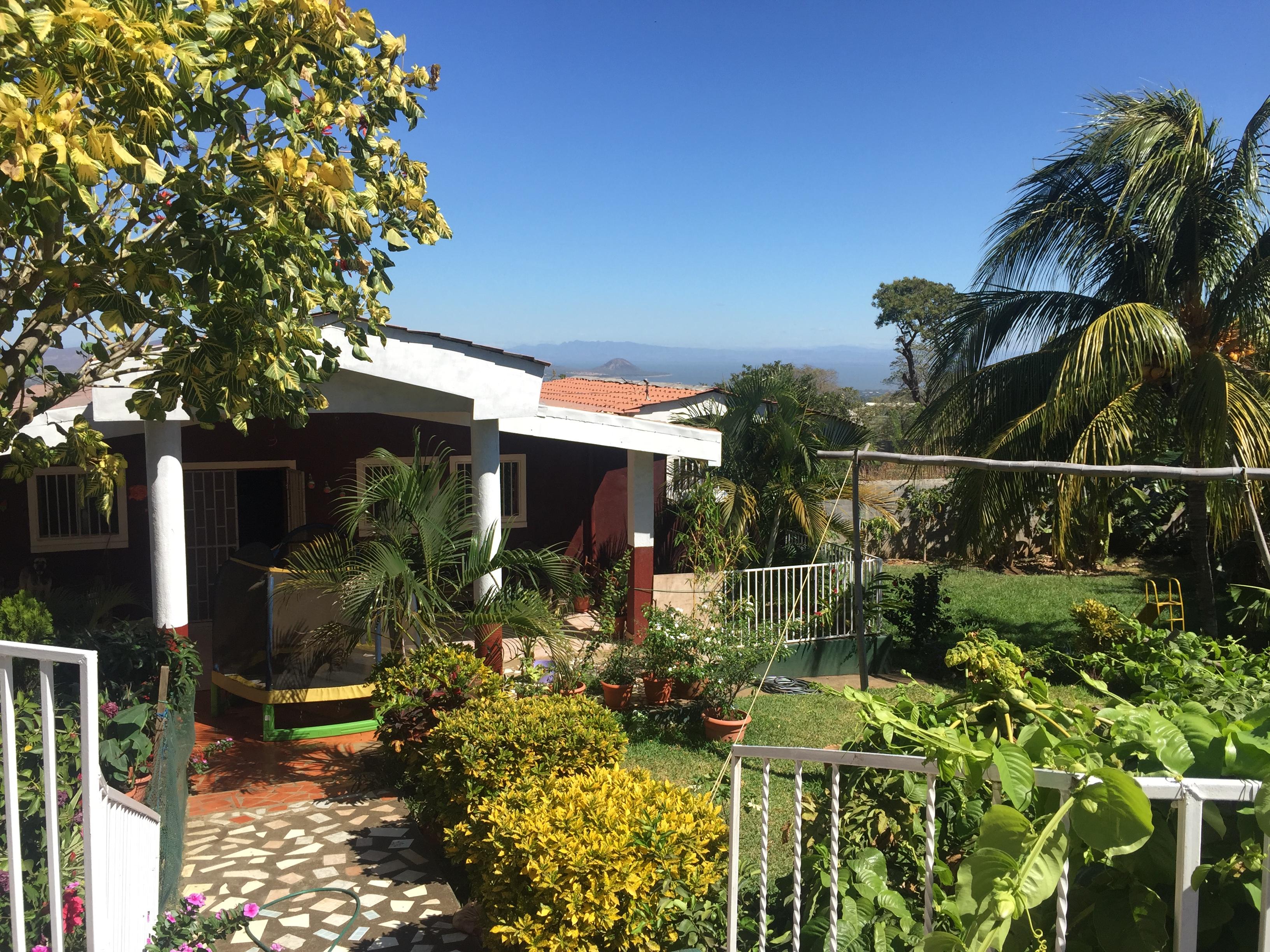 Casa con amplio terreno y vista al lago en venta casanica - Casa con terreno ...